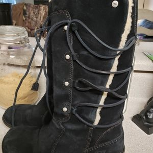 Lace up uggs